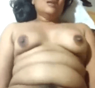 indian boy fingering a BEAUTIFUL MILF and make her day happy