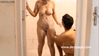 HD Desi MMS Scandal Indian Couple Shower XXX Fucking
