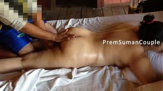 Desi big ass wife massage by servant while hubby record