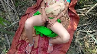 Desi Village Wife Having Outdoor Sex With Lover HD porn