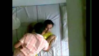 Kerala hot mallu aunty sex with young boy hidden cam porn video