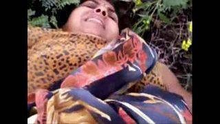 www xxxcom Mallu aunty hardcore outdoor sex with neighbor