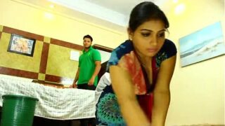 xvideos Desi hot Maid Fucked forcefully by owner hindi audio xxxnxx
