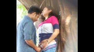 indian porn boyfriend girfriend outdoor sex mms caught in camera